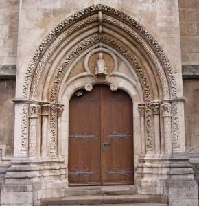 Das prächtige Südportal der Nikolaikirche